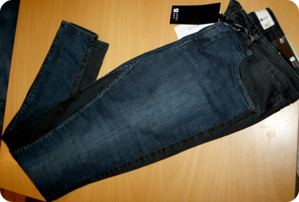 lisa_jeans_blueblack